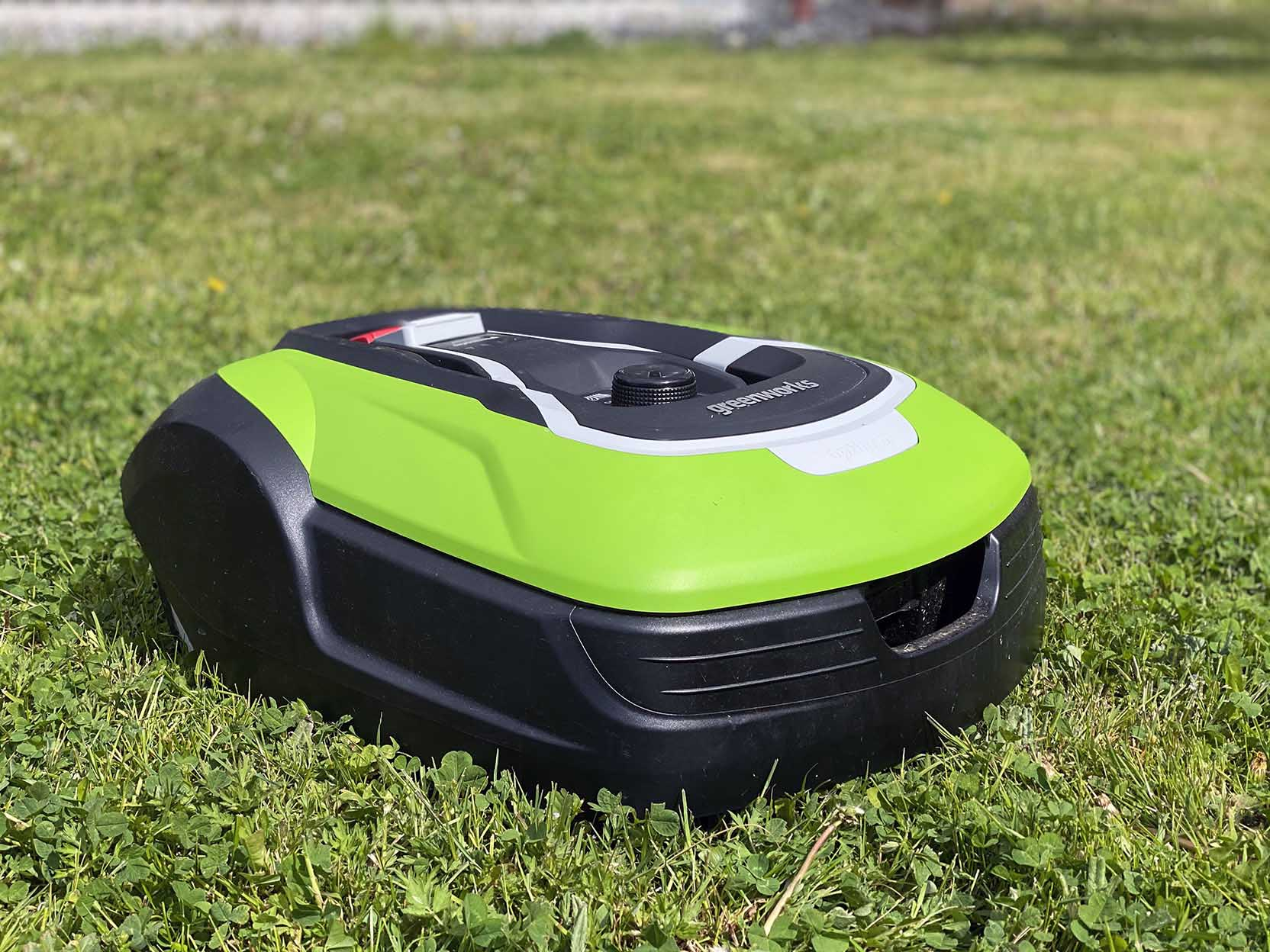 The GreenWorks Optimow 10 supports a guide cable that makes it easy for it to find its way out and home to the charging station even if you have complicated separate areas of lawn.