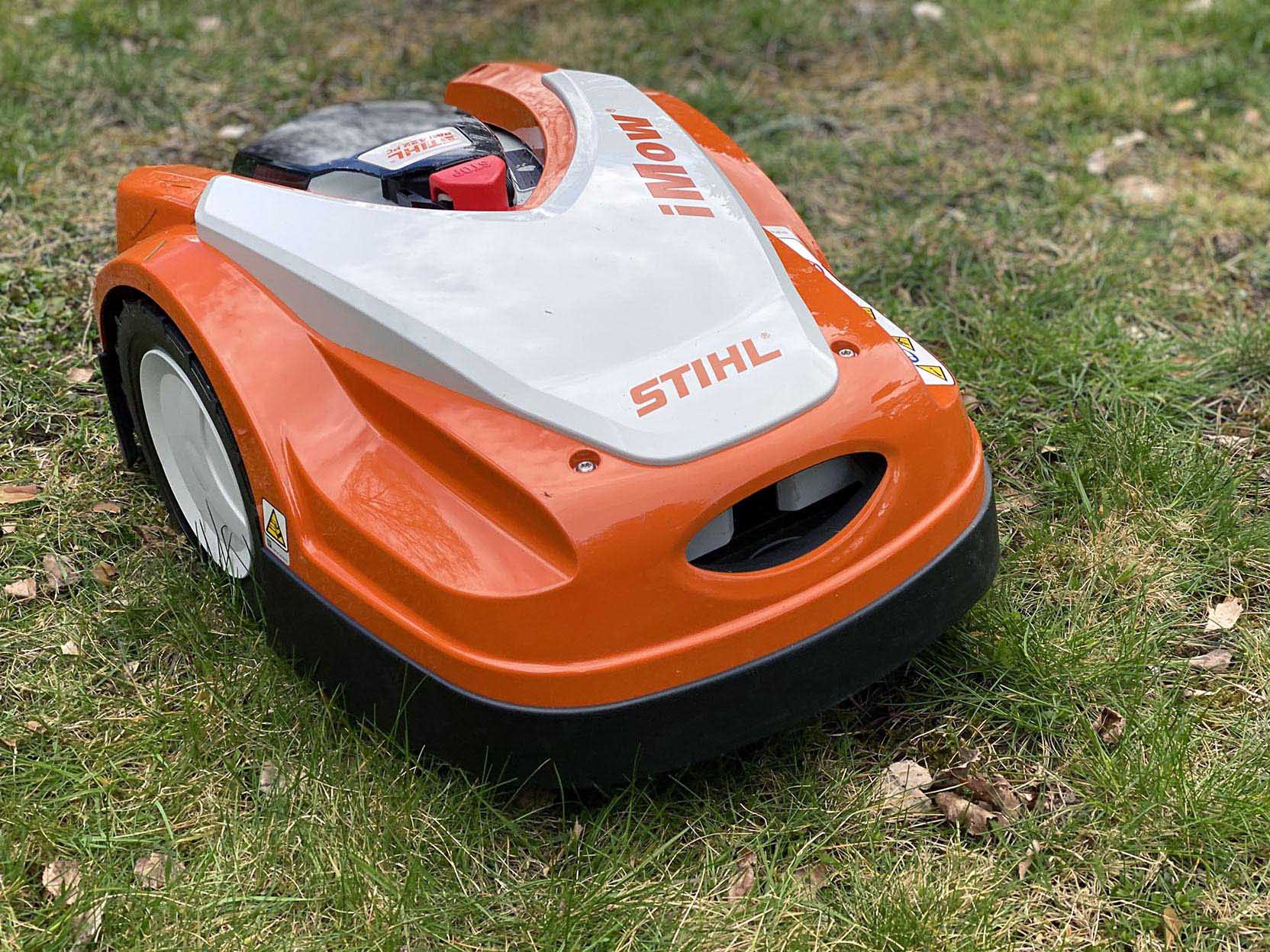 The Stihl iMow RMI 422 PC is a compact and light robotic lawn mower with a good user interface
