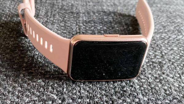 pulsklocka-stegraknare-Huawei-watch-fit-001