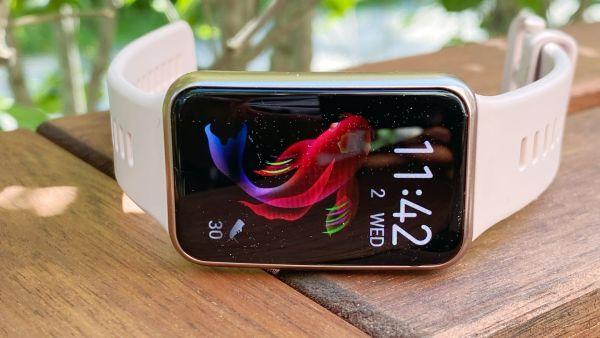 pulsklocka-stegraknare-Huawei-watch-fit-011