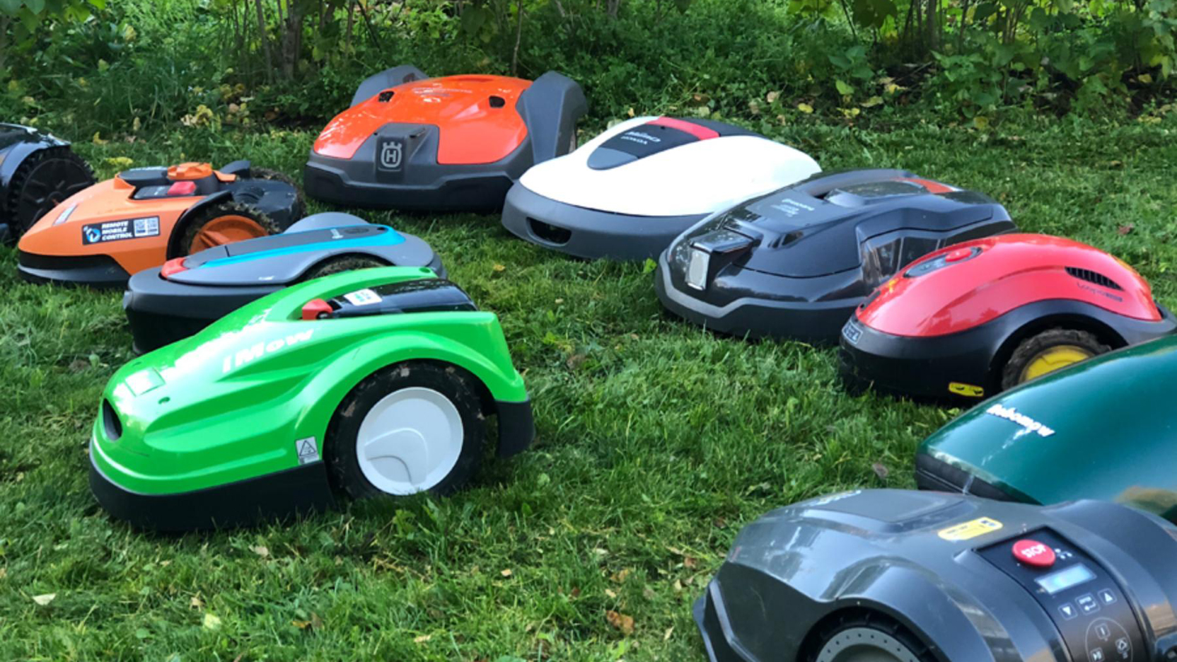 Top 27 Best Robotic Lawn Mowers Of 2020