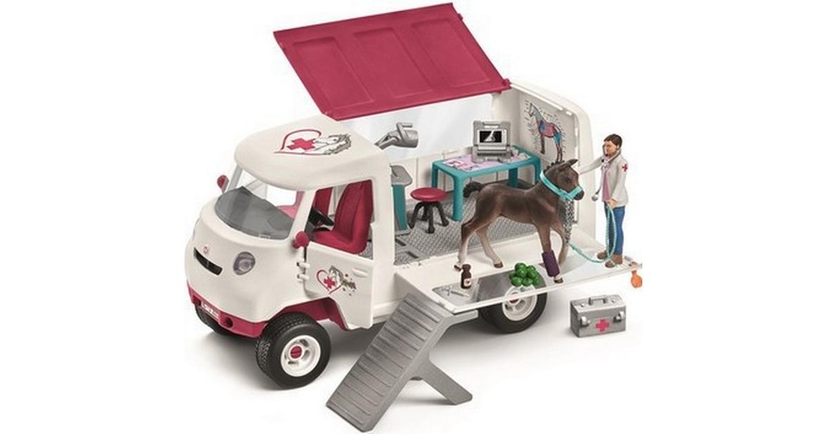 Schleich Mobile Vet With Hanovarian Foal 42370