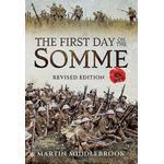 First Day on the Somme (Bog, Hardback)
