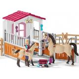 Play Set Schleich Horse Stall with Arab Horses & Groom 42369