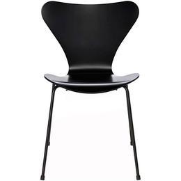Fritz Hansen 3107 Serie 7 Kitchen Chair