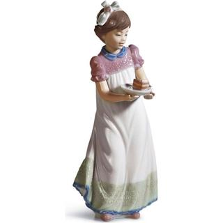 Lladro Happy Birthday Girl 20cm Figurine