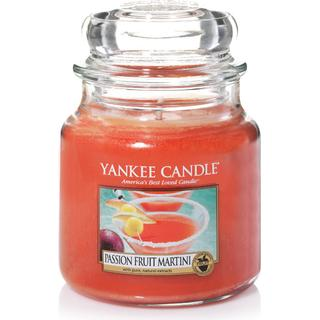 Yankee Candle Passion fruit Martini Medium Scented Candles