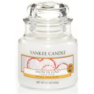 Yankee Candle Snow In Love Small Scented Candles