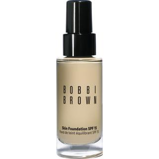 Bobbi Brown Skin Foundation SPF15 #2.5 Warm Sand