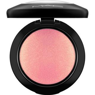 MAC Mineralize Blush Petal Power