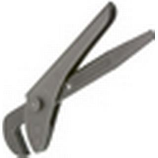 """Footprint 698 7"""" Pipe Wrench"""