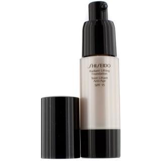 Shiseido Radiant Lifting Foundation SPF15 I40