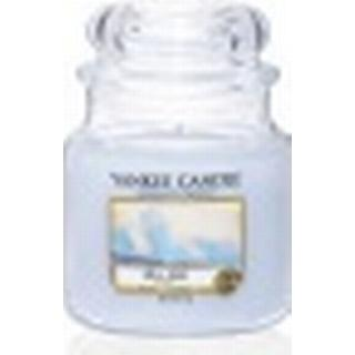 Yankee Candle Classic Sea Air Medium Scented Candles