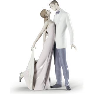 Lladro Happy Anniversary Couple Figurine