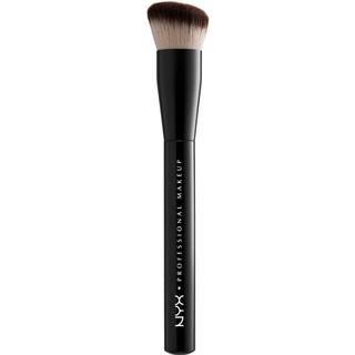 NYX Can't Stop Won't Stop Foundation Brush