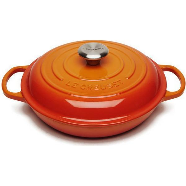 Le Creuset Volcanic Signature Shallow Casserole with lid 26cm