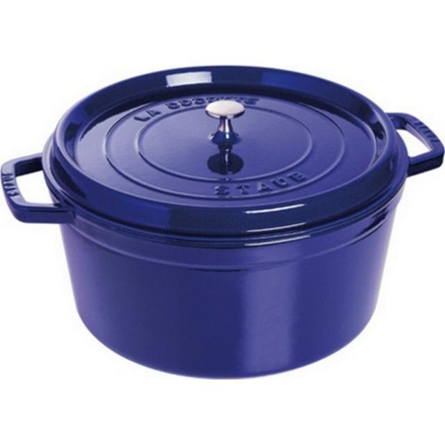 Staub Cast Iron 22 with lid 22cm