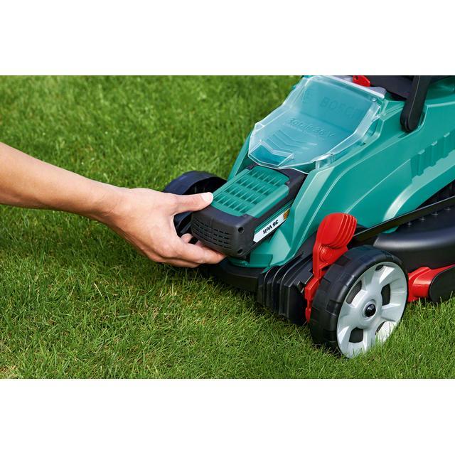 Bosch Rotak 32 LI test et prix: la tondeuse idéale pour les petites pelouses! 5