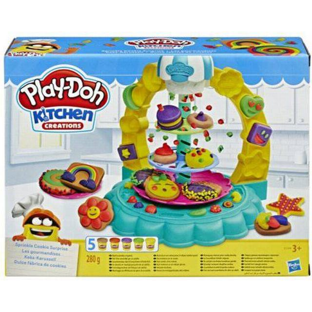 Play-Doh Kitchen Creations Sprinkle Cookie Surprise Set with 5 Non Toxic Colors
